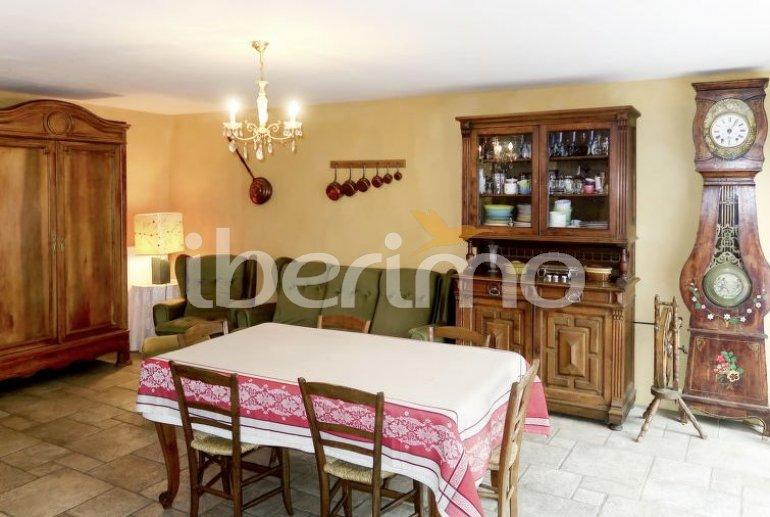 Villa   à Blassac pour 6 personnes avec lave-vaisselle p5