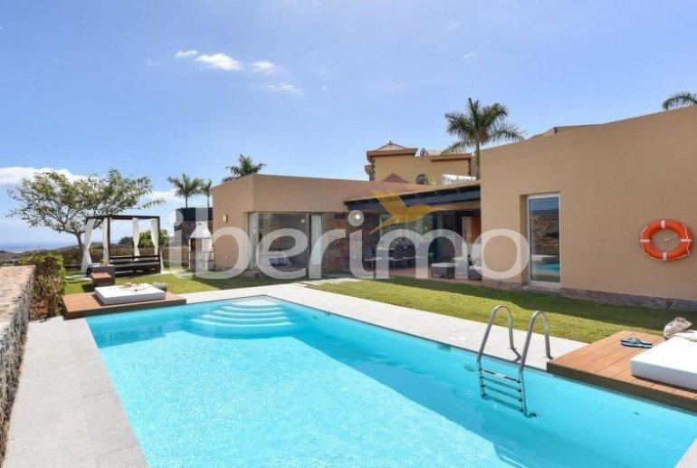Villa   à Maspalomas pour 6 personnes avec piscine privée p0