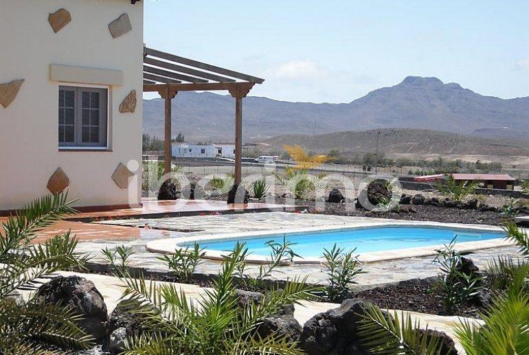 Villa   à Gran Tarajal pour 6 personnes avec piscine privée p6