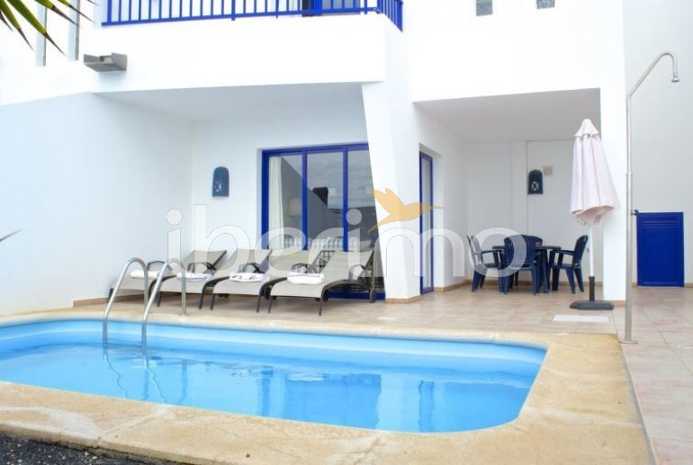 Villa   à Playa Blanca pour 6 personnes avec piscine privée p1