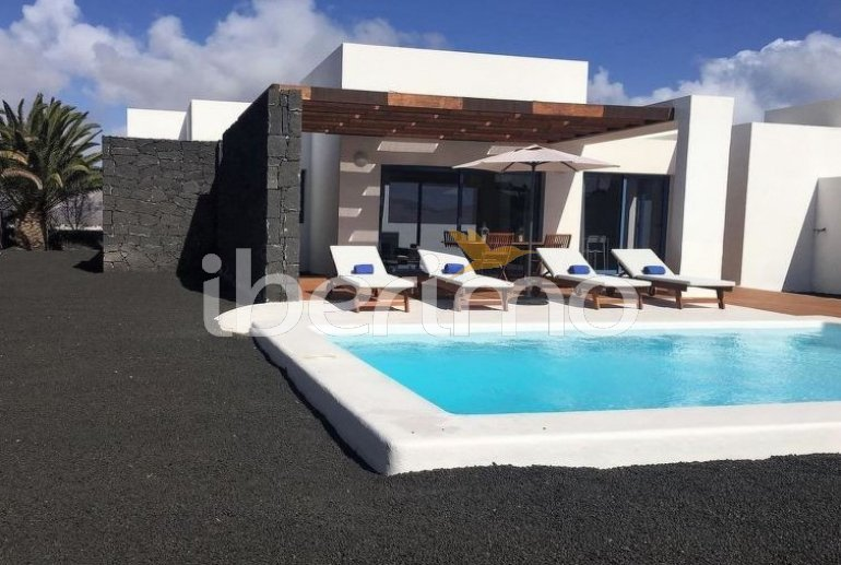 Villa   à Playa Blanca pour 4 personnes avec piscine privée p5