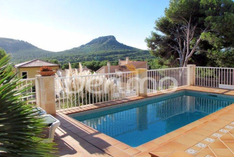 Villa   à Capdepera pour 8 personnes avec piscine privée p0