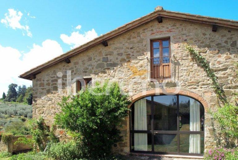 Villa   à Pergine Valdarno pour 7 personnes avec piscine privée p0