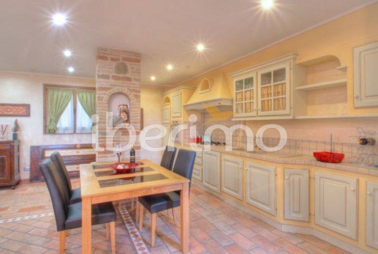 Villa   à Magione p11