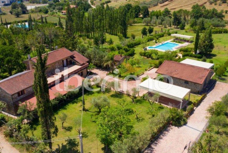 Villa   à Paestum pour 10 personnes avec piscine privée p0