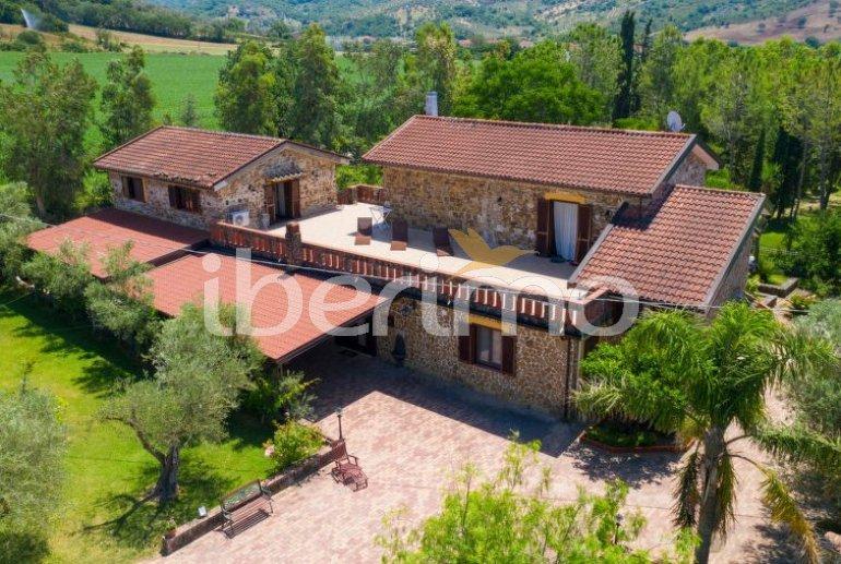 Villa   à Paestum pour 10 personnes avec piscine privée p3