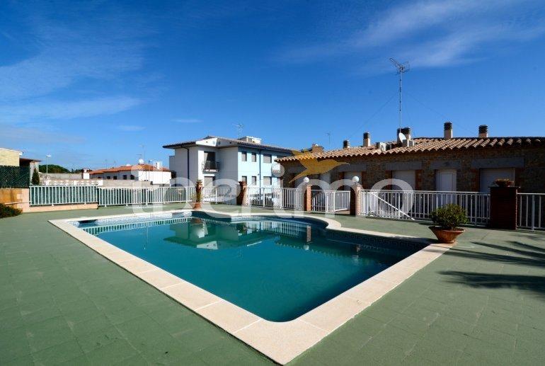 Appartement   à L'Escala pour 6 personnes avec piscine commune p1