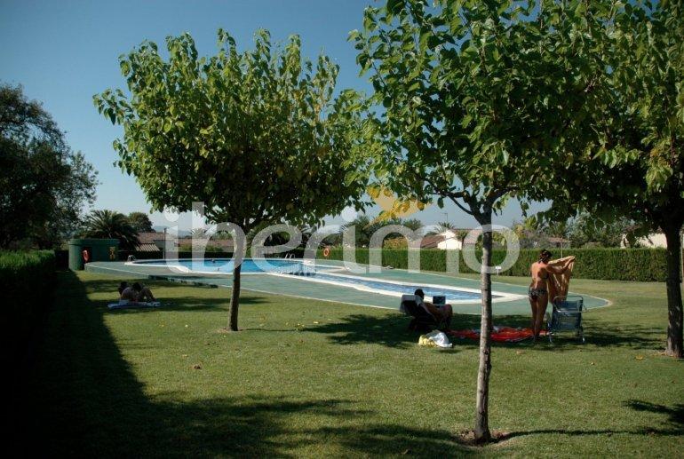 Villa   à L'Estartit pour 5 personnes avec piscine commune p0