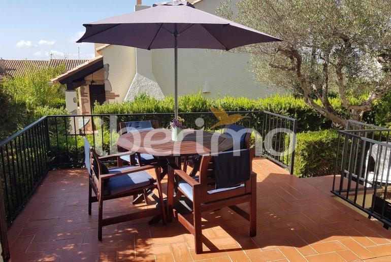 Villa   à L'Estartit pour 4 personnes avec piscine commune p0