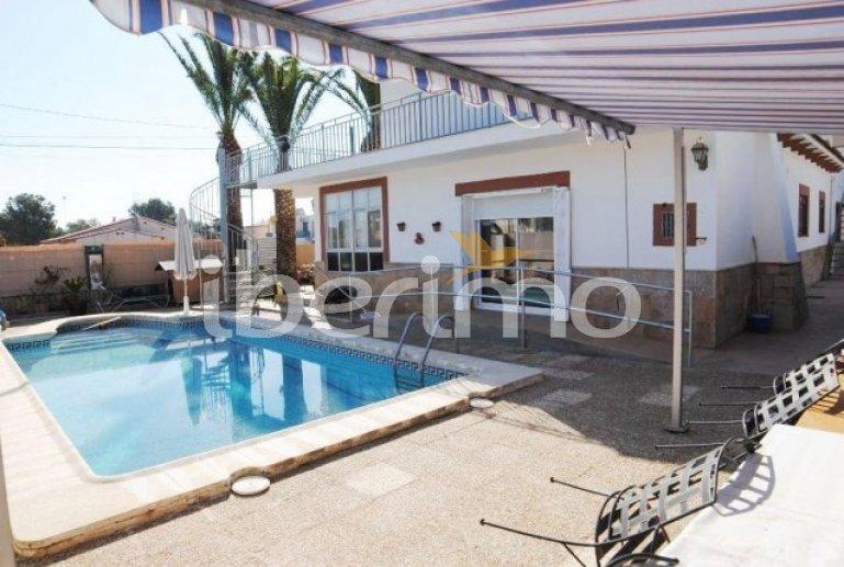 Villa   à Ametlla de Mar pour 6 personnes avec piscine privée et internet p1
