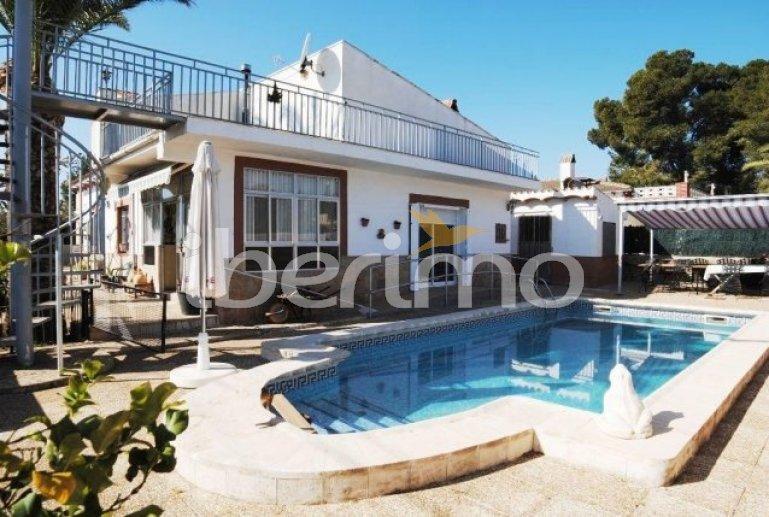 Villa   à Ametlla de Mar pour 6 personnes avec piscine privée et internet p2