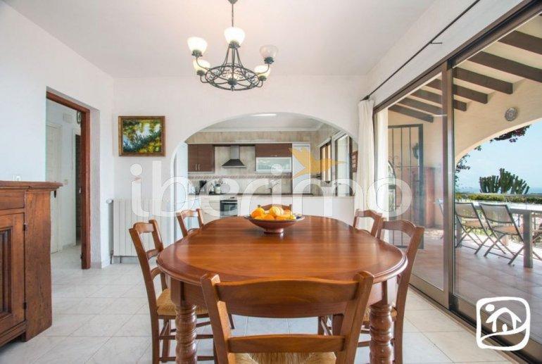 Villa   à Benissa pour 10 personnes avec piscine privée couverte, solarium et belle vue mer p6