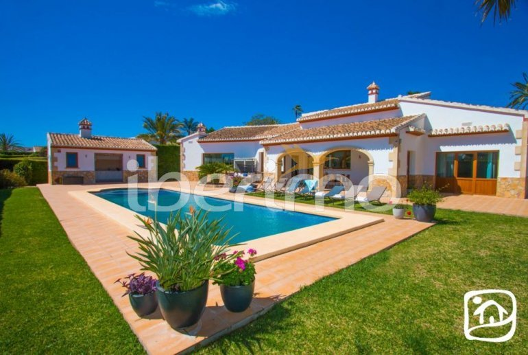 Villa   à Javea pour 9 personnes avec piscine privée, climatisation et internet p23