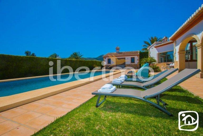 Villa   à Javea pour 9 personnes avec piscine privée, climatisation et internet p34