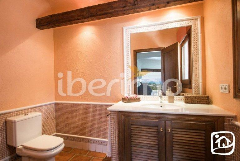 Villa   à Moraira pour 8 personnes de style ibiza avec piscine privée et climatisation p26