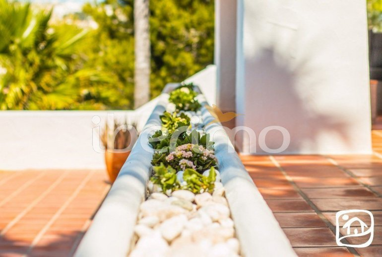 Villa   à Moraira pour 8 personnes de style ibiza avec piscine privée et climatisation p4