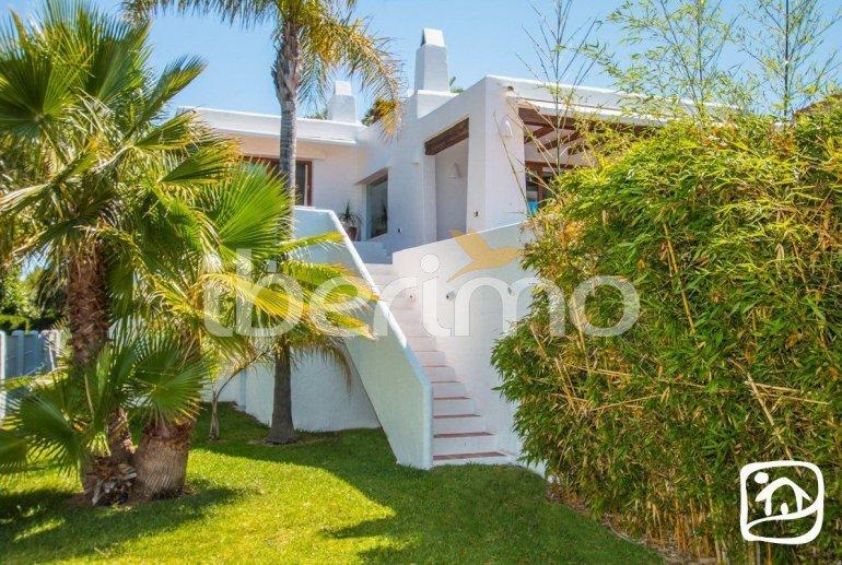 Villa   à Moraira pour 8 personnes de style ibiza avec piscine privée et climatisation p30