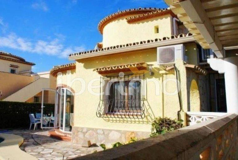 Villa   à Denia pour 6 personnes avec piscine privée et proche mer p2