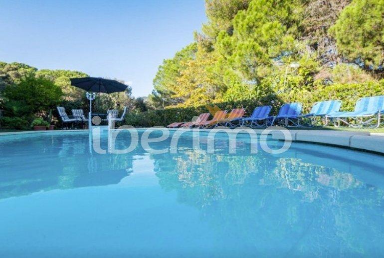 Villa   à Sant Vicenç de Montalt pour 10 personnes avec piscine privée p1