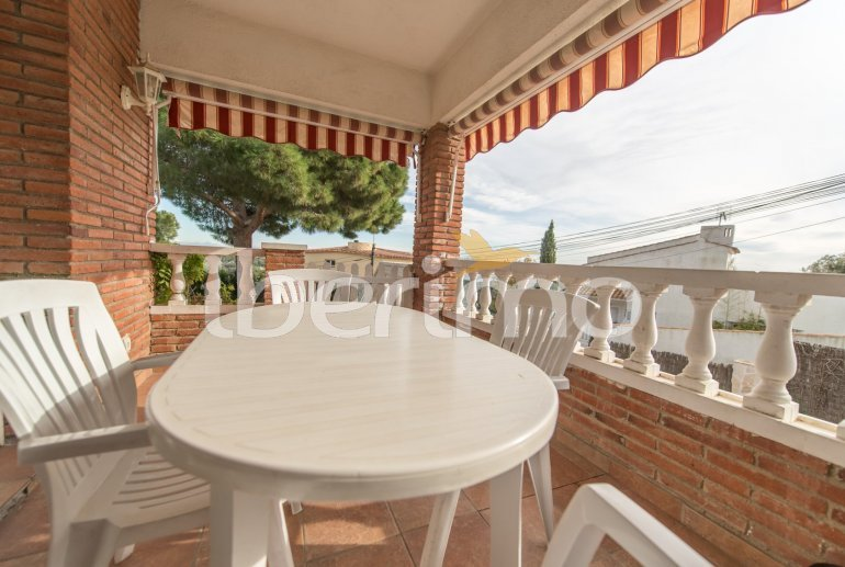 Villa   à Sant Vicenç de Montalt pour 10 personnes avec piscine privée p32