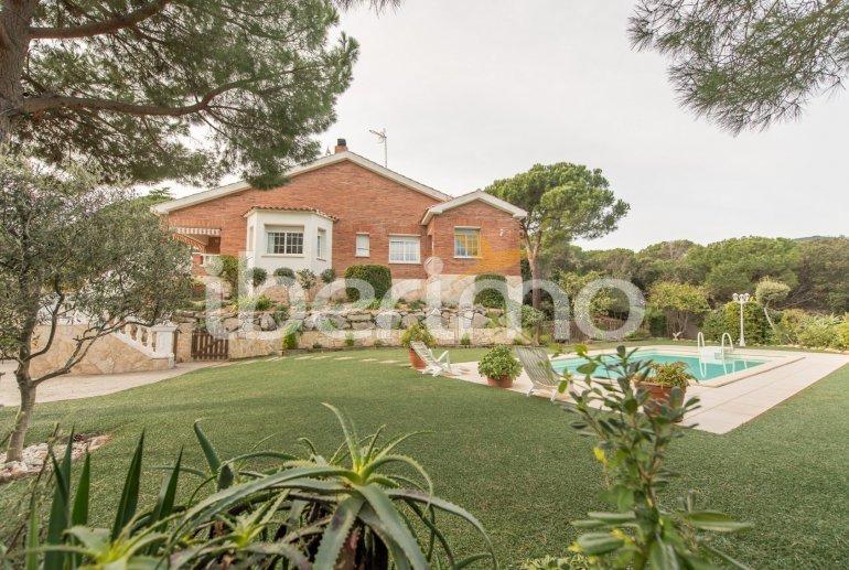 Villa   à Sant Vicenç de Montalt pour 10 personnes avec piscine privée p42