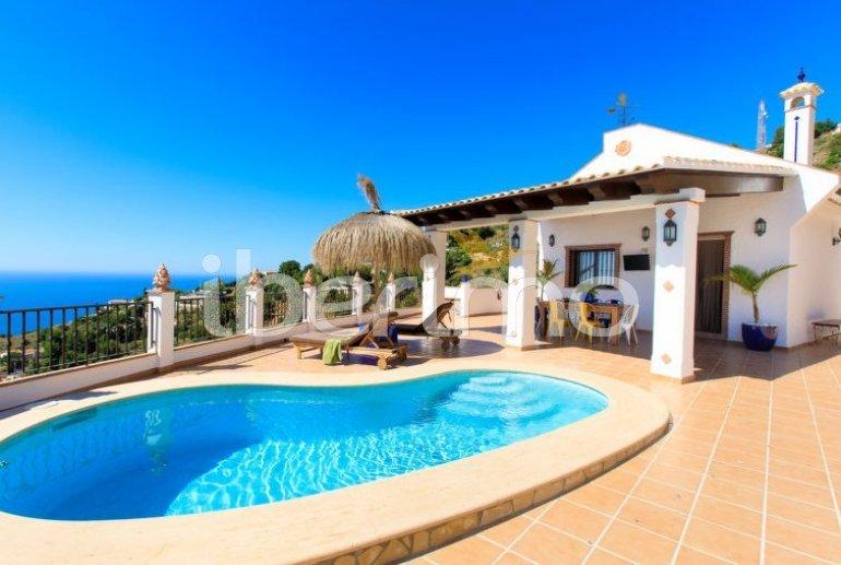 Villa   à Almuñécar pour 4 personnes avec piscine privée p0