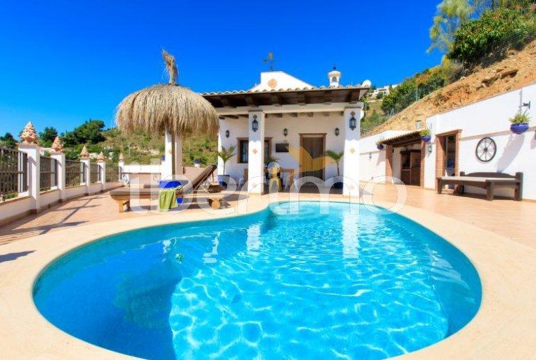 Villa   à Almuñécar pour 4 personnes avec piscine privée p1