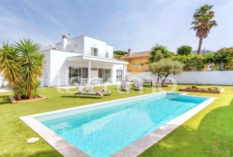 Villa   à Sta Cristina d'Aro pour 6 personnes avec piscine privée p0