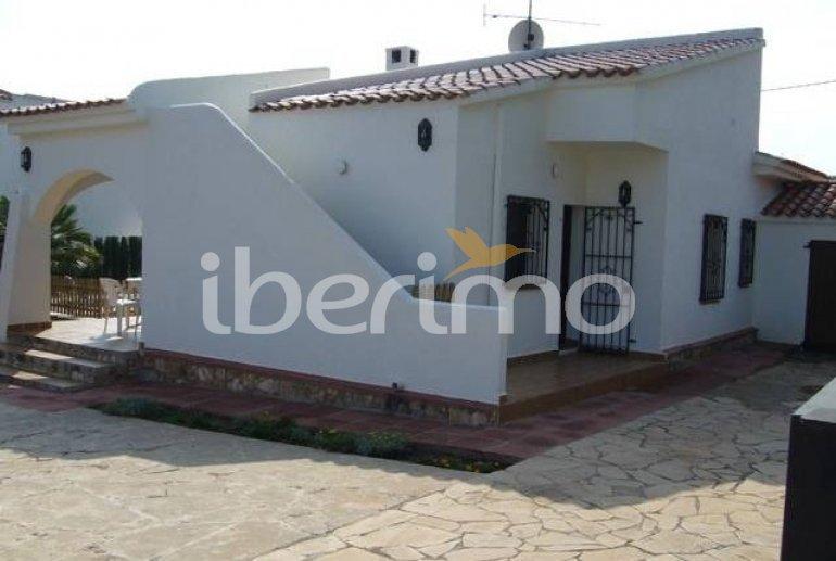Villa   à Ametlla de Mar pour 8 personnes avec piscine protégée p3