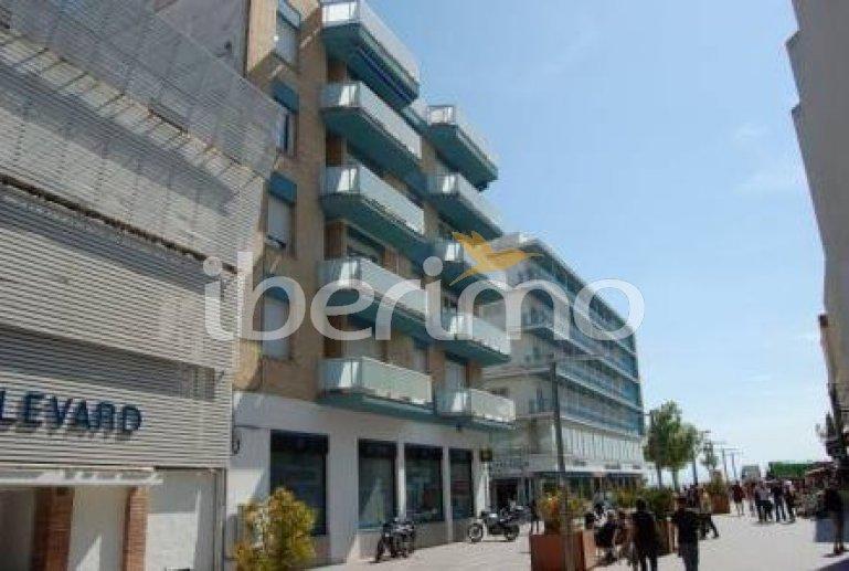 Appartement   à Rosas pour 6 personnes avec petite vue mer p3