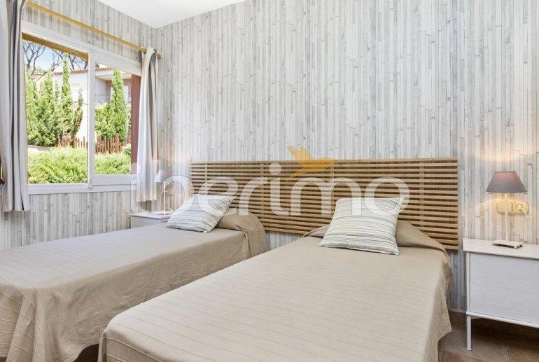 Villa   à Llafranc pour 6 personnes avec piscine commune p6