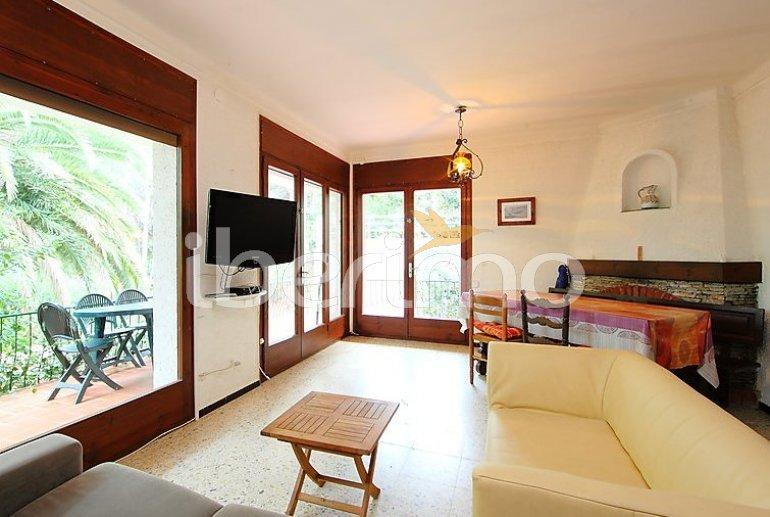 Villa   à Llançà pour 7 personnes avec belle vue mer p6