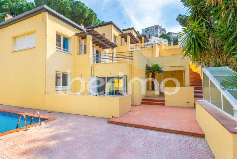 Appartement   à Rosas pour 3 personnes avec piscine commune p0