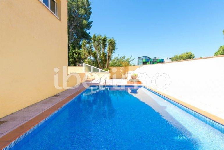 Appartement   à Rosas pour 3 personnes avec piscine commune p1