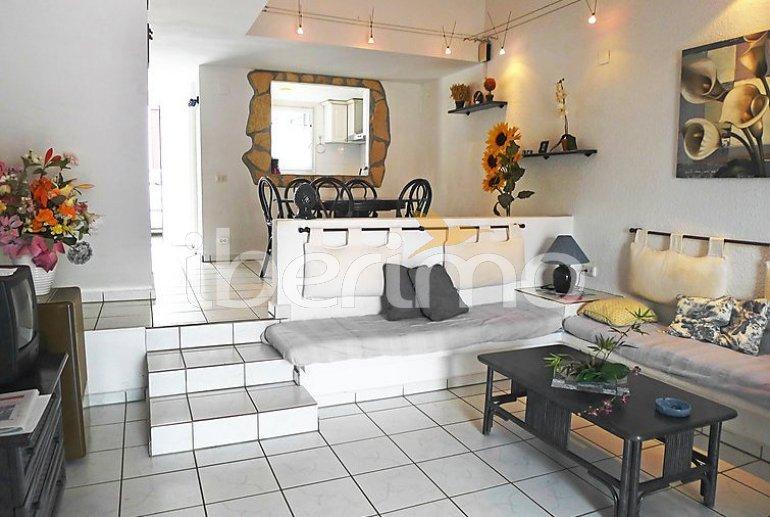 Villa   à Empuriabrava pour 6 personnes avec lave-vaisselle p2