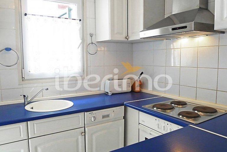 Villa   à Empuriabrava pour 6 personnes avec lave-vaisselle p6