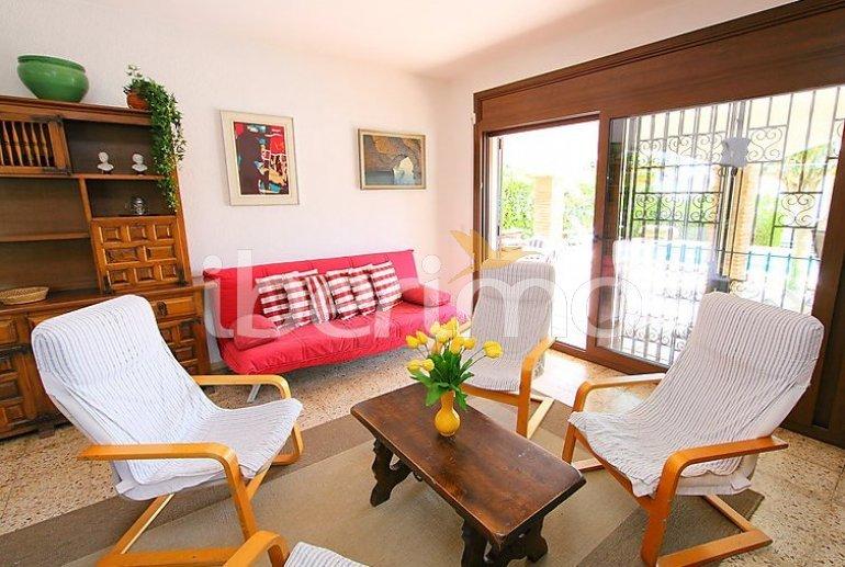Villa   à Empuriabrava pour 8 personnes avec piscine privée p8