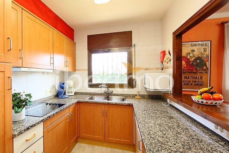 Villa   à L'Escala pour 8 personnes avec lave-vaisselle p5