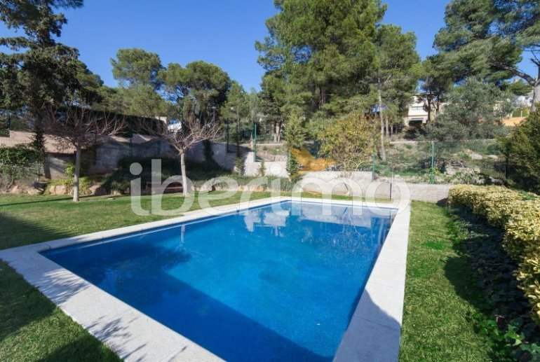 Appartement   à L'Escala pour 6 personnes avec piscine commune p10