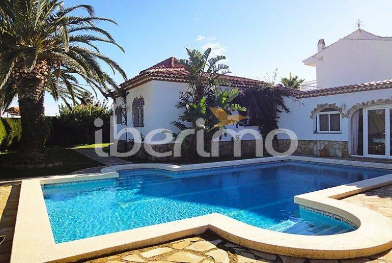 Villa   à Miami Platja pour 12 personnes avec piscine privée p1