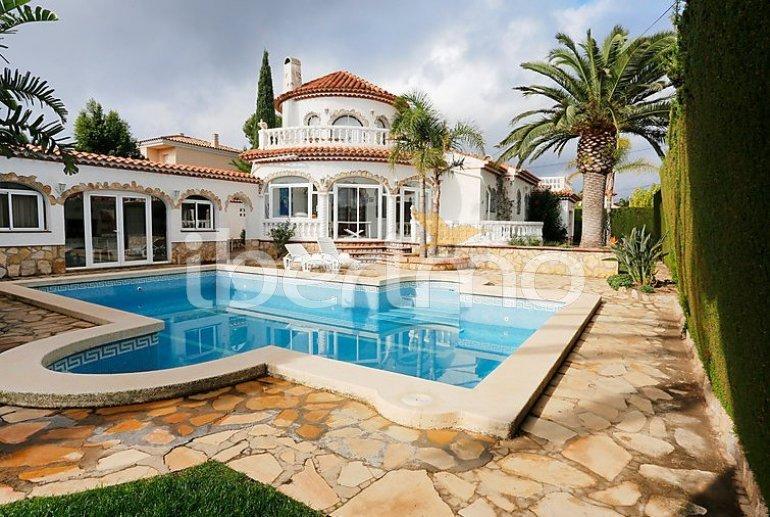 Villa   à Miami Platja pour 12 personnes avec piscine privée p4