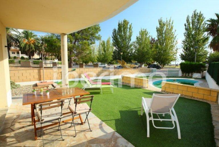 Villa   à L'Ampolla pour 8 personnes avec piscine privée p17