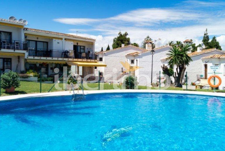 Villa   à Mijas pour 4 personnes avec piscine commune p2