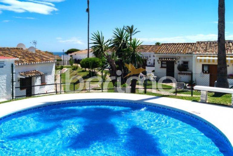 Villa   à Mijas pour 4 personnes avec piscine commune p7