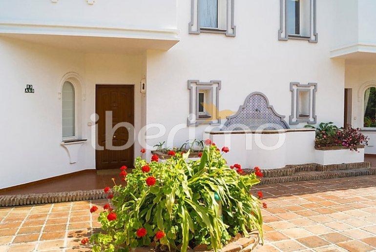 Villa   à Mijas pour 8 personnes avec piscine commune p3