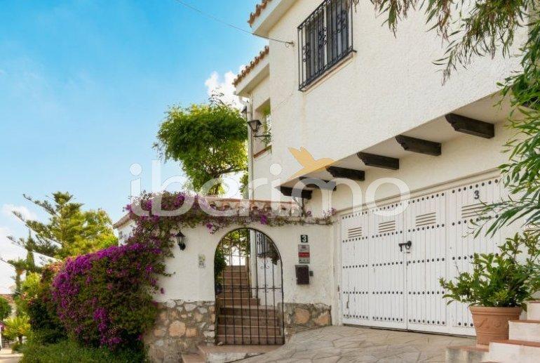 Villa   à Fuengirola pour 6 personnes avec piscine privée p6