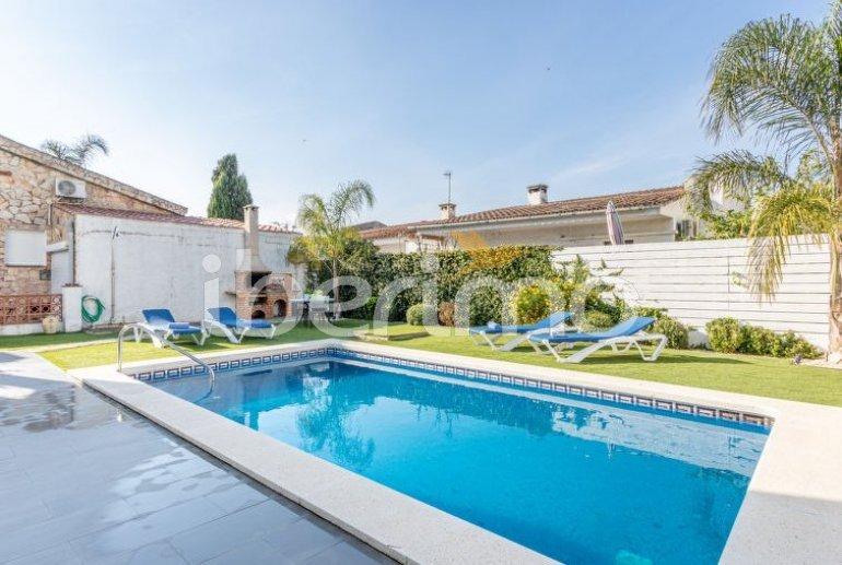 Villa   à Empuriabrava pour 6 personnes avec piscine privée p5