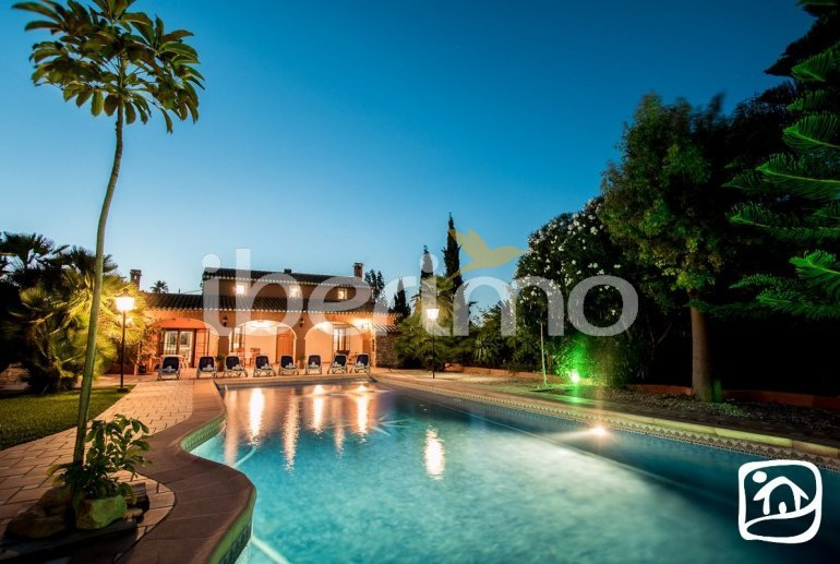 Villa   à Benissa pour 9 personnes avec piscine privée et internet p3