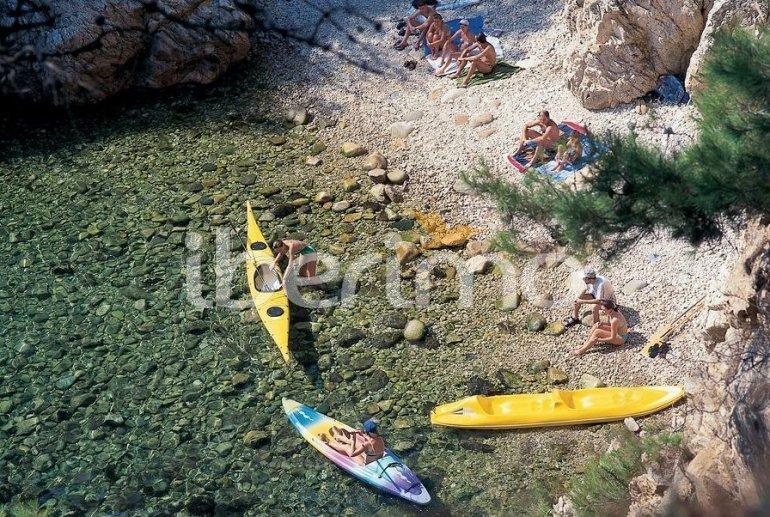 Camping Mobil-home   à Platja d'Aro pour 3 personnes avec piscine commune p32