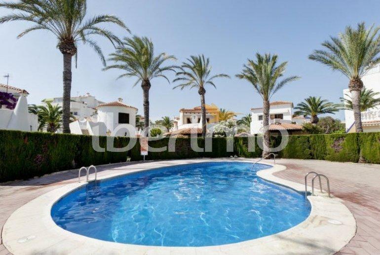 Villa   à Denia pour 6 personnes avec piscine commune p1